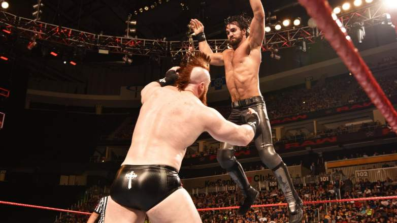 Seth Rollins Sheamus, Seth Rollins Sheamus wwe, Seth Rollins Sheamus monday night raw