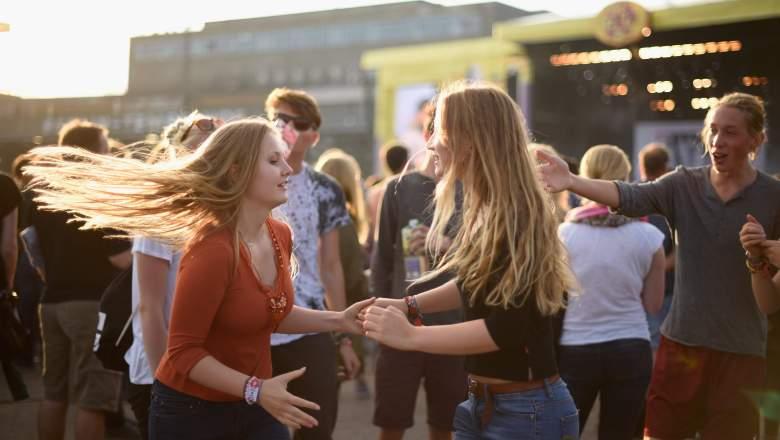National Girlfriend Day, National Girlfriend Day 2017, National Girlfriend Day date