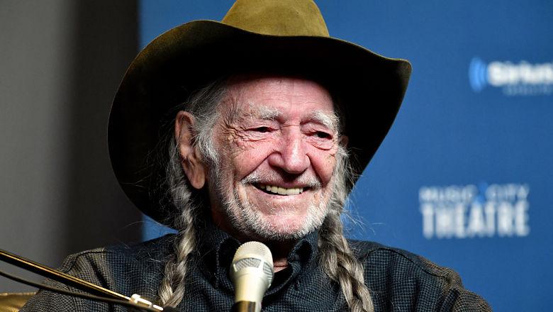 Willie Nelson dead