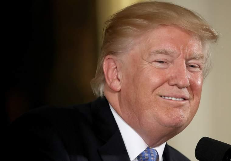 Donald Trump JK Rowling, Obamacare-Opfer, Montgomery Weer, JK Rowling Entschuldigung