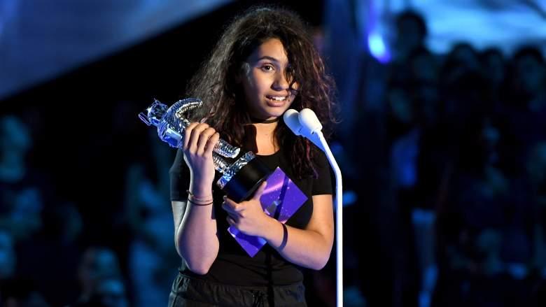 Alessia Cara VMAs, Alessica Cara Stay, Alessia Cara awards