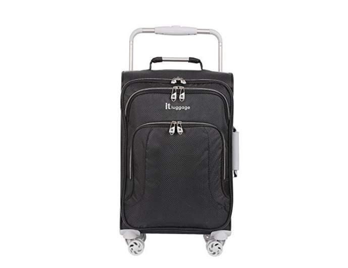 it luggage lightweight 22, best lightweight luggage options, best lightweight air luggage, light luggage air travel