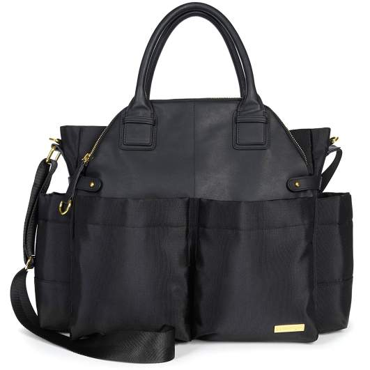 Skip Hop Chelsea Downtown Chic Diaper Satchel, skip hop diaper bag, black diaper bag, stylish diaper bag, affordable diaper bag, large diaper bag, best diaper bags, diaper bags, best diaper bags for new moms, diaper bags for new moms