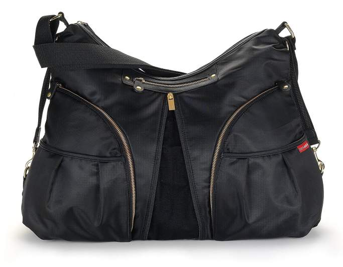 Skip Hop Versa Expandable Diaper Bag, skip hop diaper bag, best diaper bags, diaper bags, best diaper bags for new moms, diaper bags for new moms, large diaper bag, black diaper bag, stylish diaper bag, affordable diaper bag