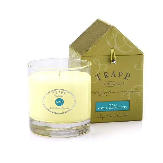 best smelling candle, flower scented candle