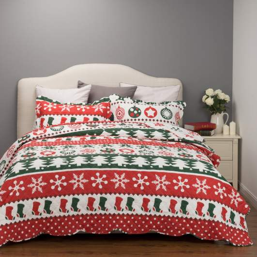 christmas bedding, reversible bedding, holiday bedding, christmas quilt set