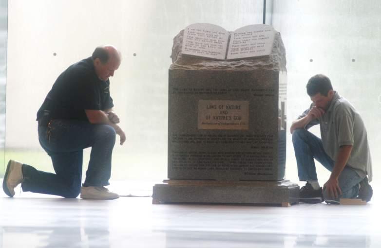 Alabama, Ten Commandments, monument