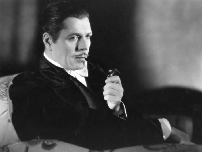 Smoking jacket, Warner Baxter