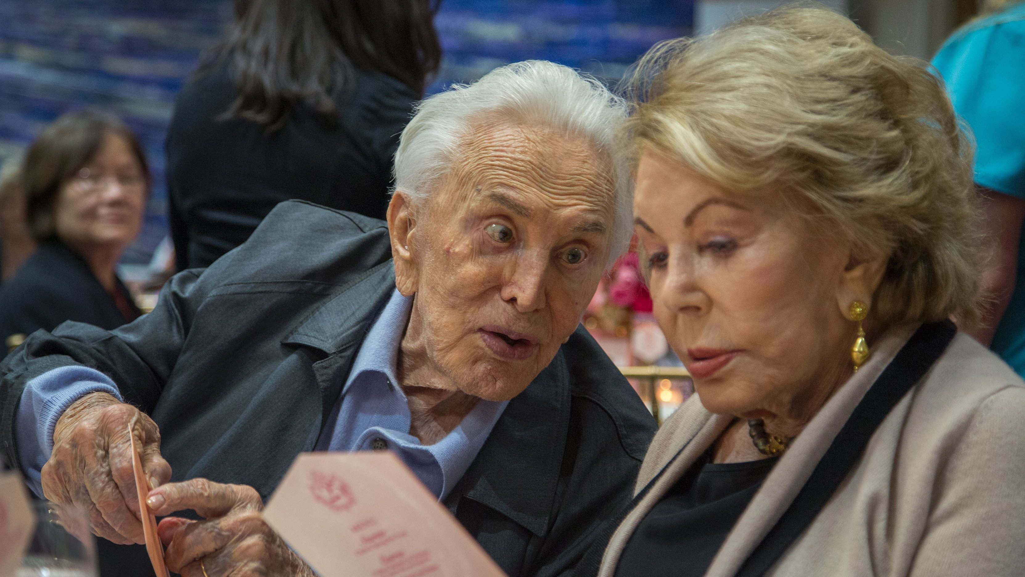 Kirk Douglas age, Kirk Douglas dead, Kirk Douglas wife
