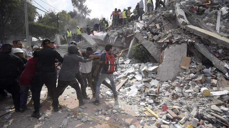 mexico city earthquake, mexico earthquake, mexico earthquake deaths, mexico earthquake death toll