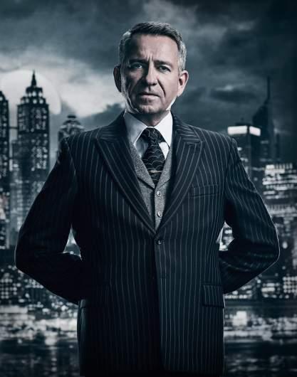 Sean Pertwee Gotham, Alfred actor, Alfred Gotham