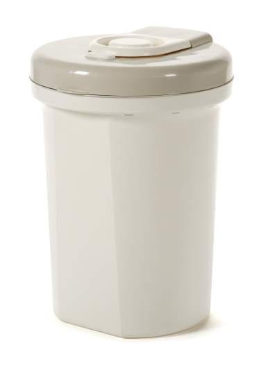 Safety 1st Easy Saver Diaper Pail, best diaper pail, diaper pail, affordable diaper pail, best diaper pail for nursery, diaper pail for nursery, small diaper pail