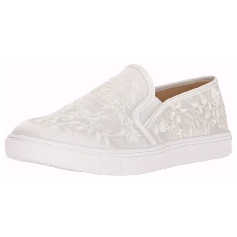 wedding sneakers, wedding shoes, wedding flats, sneakers for wedding, sneakers for bride
