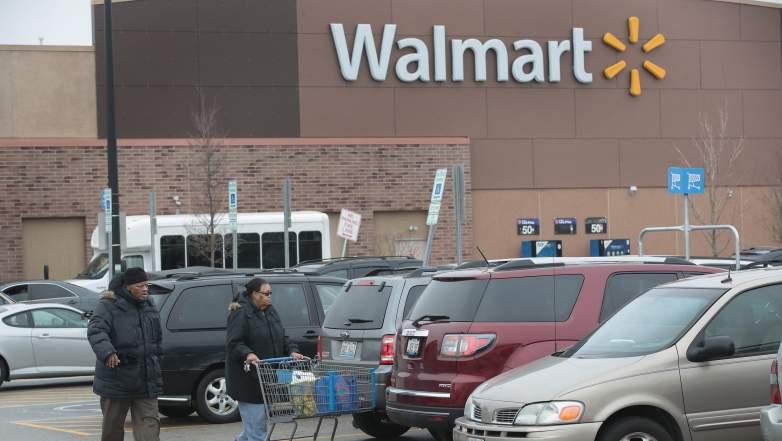 Walmart hours halloween, what time is Walmart open until on halloween 2017, Walmart schedule hours 2017