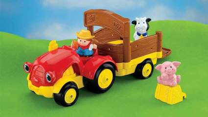 little people tow n pull tractor