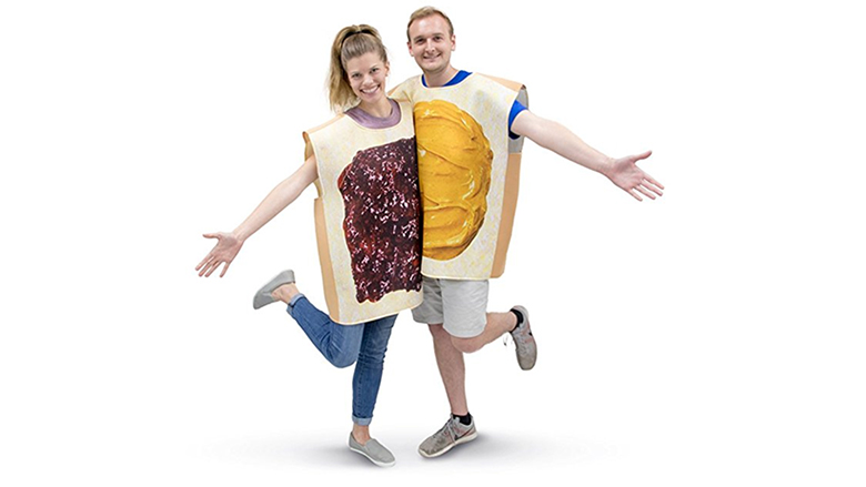 couples halloween costumes, couples costumes, couples halloween costume ideas, couple costume ideas, best couples costumes, funny couple costumes, best couple halloween costumes