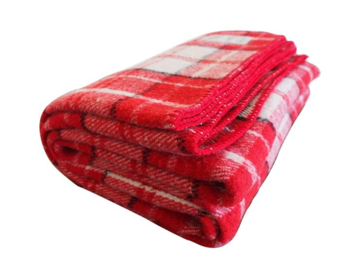 christmas blankets, wool blankets, plaid blankets