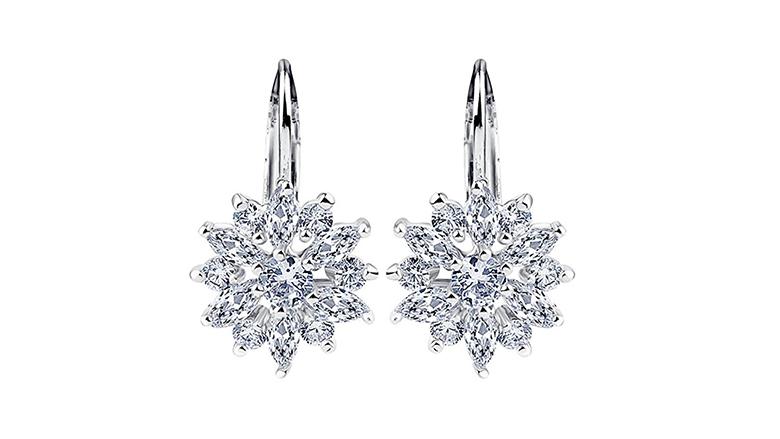 christmas earrings, christmas jewelry, earrings, dangle earrings, drop earrings, crystal earrings, snowflake earrings
