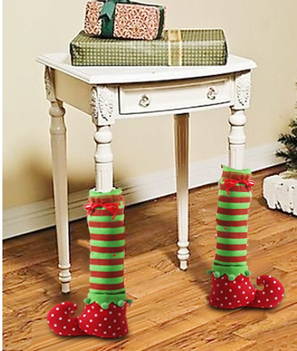 holiday table decor, elf feet, funny