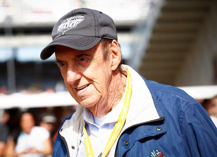 Stan Cadwallader Jim Nabors Husband 5 Fast Facts You Need To Know Heavy Com He was born on the 28th of january 1948, in honolulu, hawaii usa. stan cadwallader jim nabors husband