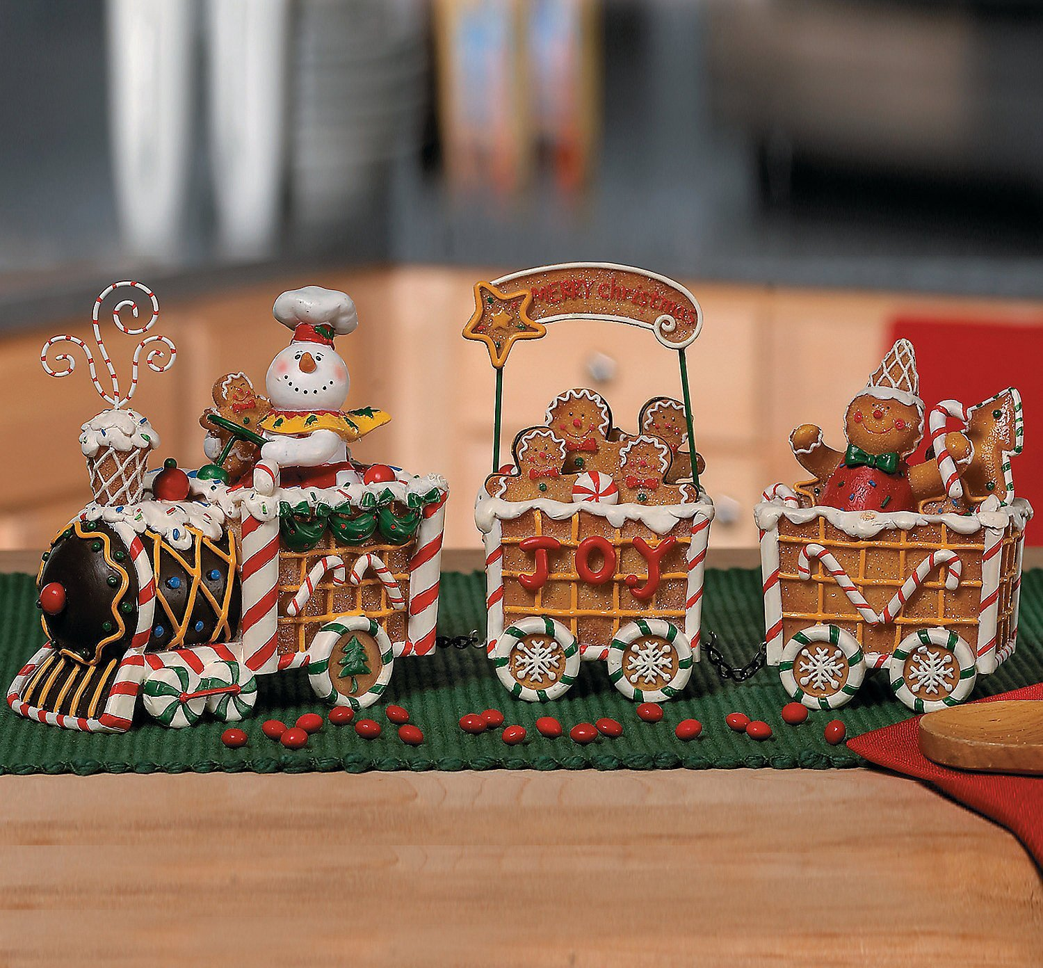 holiday table decor, gingerbread train