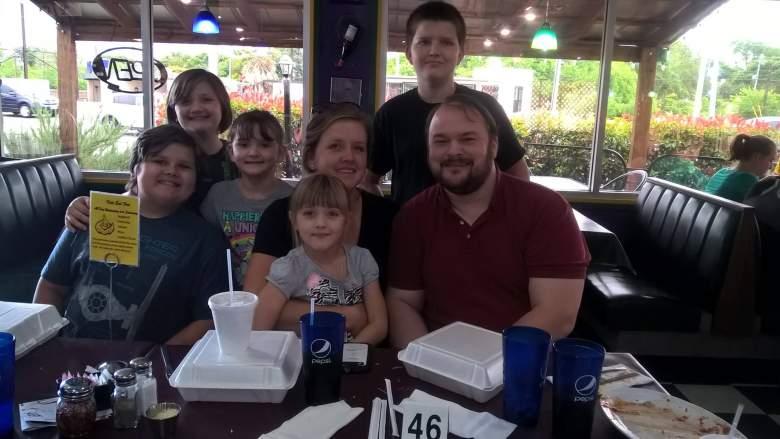 crystal holcombe, holcombe family, holcombe texas