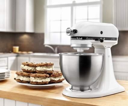KitchenAid Classic Plus Series Stand Mixer