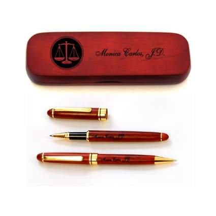 Thanh 39 Personalized Rosewood Case and Two Pens