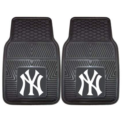 best gifts for yankees fans