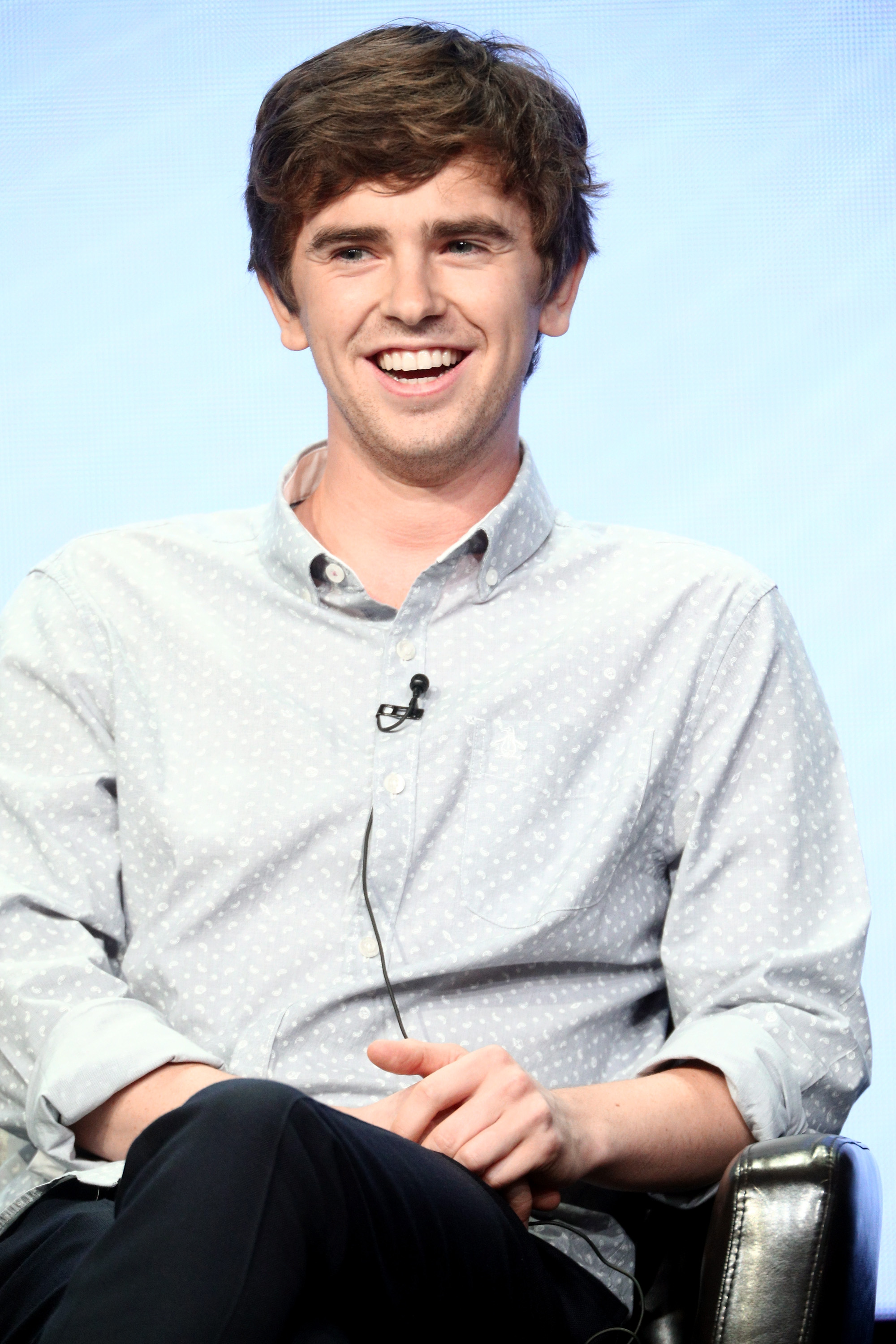 Freddie Highmore and Abigail Breslin; who is freddie highmore dating