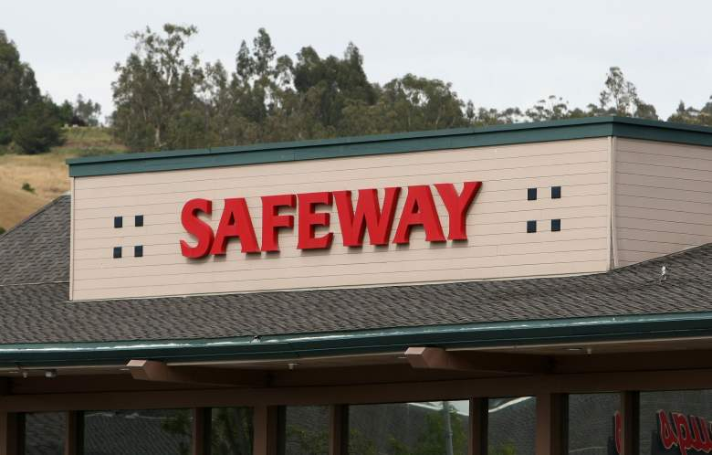 Safeway Hours Christmas Eve 2020 Safeway Hours on Christmas Eve & Christmas Day 2017 | Heavy.com