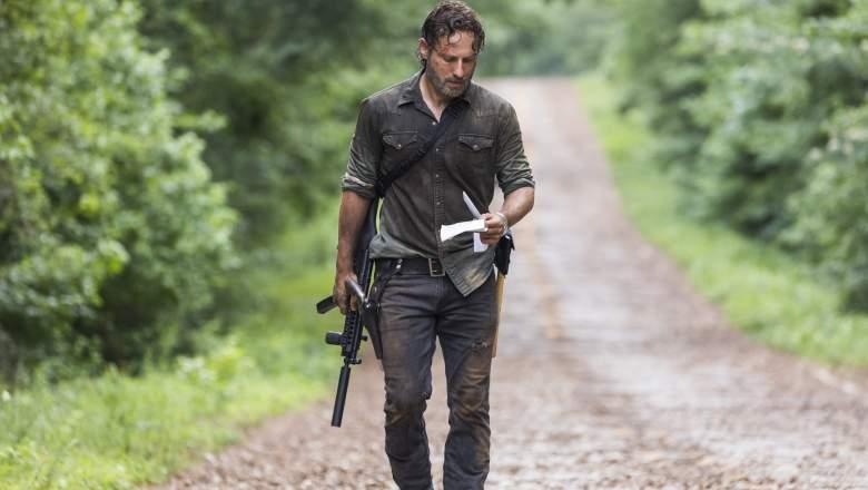 When does The Walking Dead return?