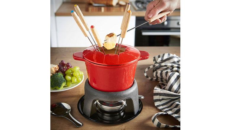 fondue pot, fondue set, best fondue pot for cheese, best fondue pot electric