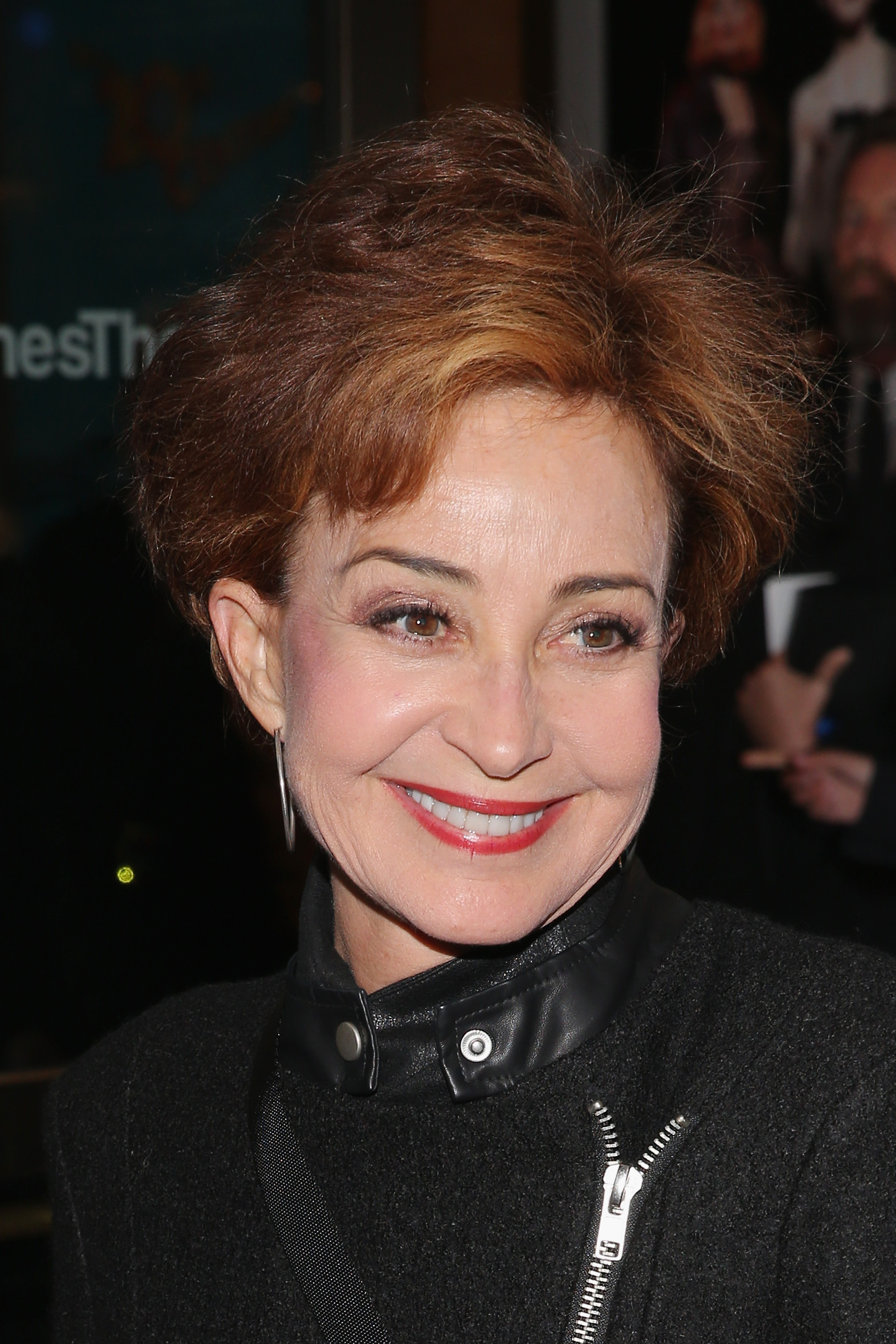 Annie Potts, Annie Potts on The Fosters