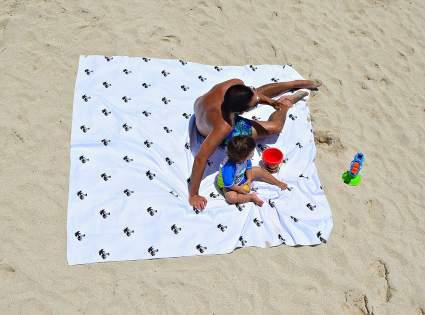 bdsign oversized towel, large beach towel, beach blanket