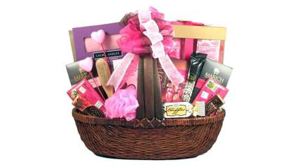 pink heart themed gift basket