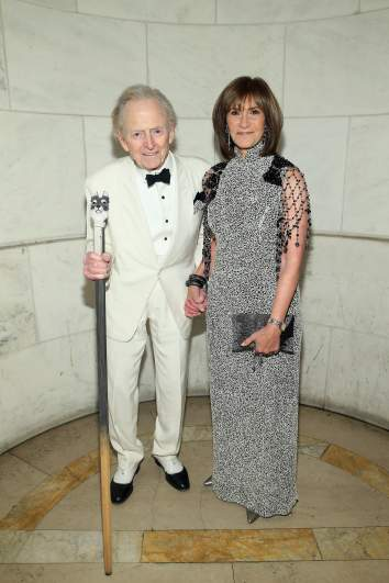 tom wolfe with his wife sheila wolfe