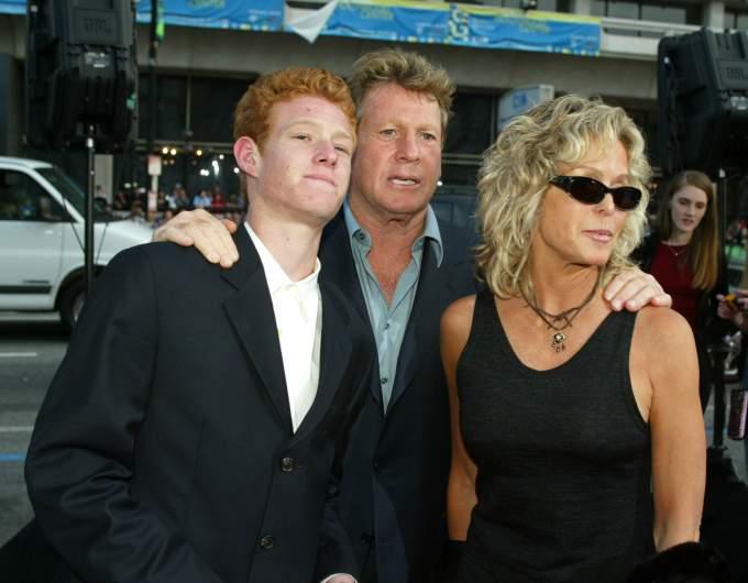 Redmond O'Neal, Ryan O'Neal, and Farrah Fawcett.