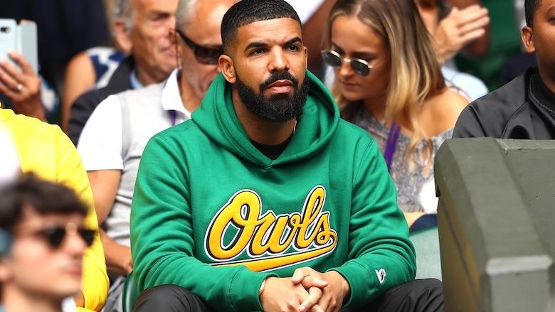 Drake attends Wimbledon.