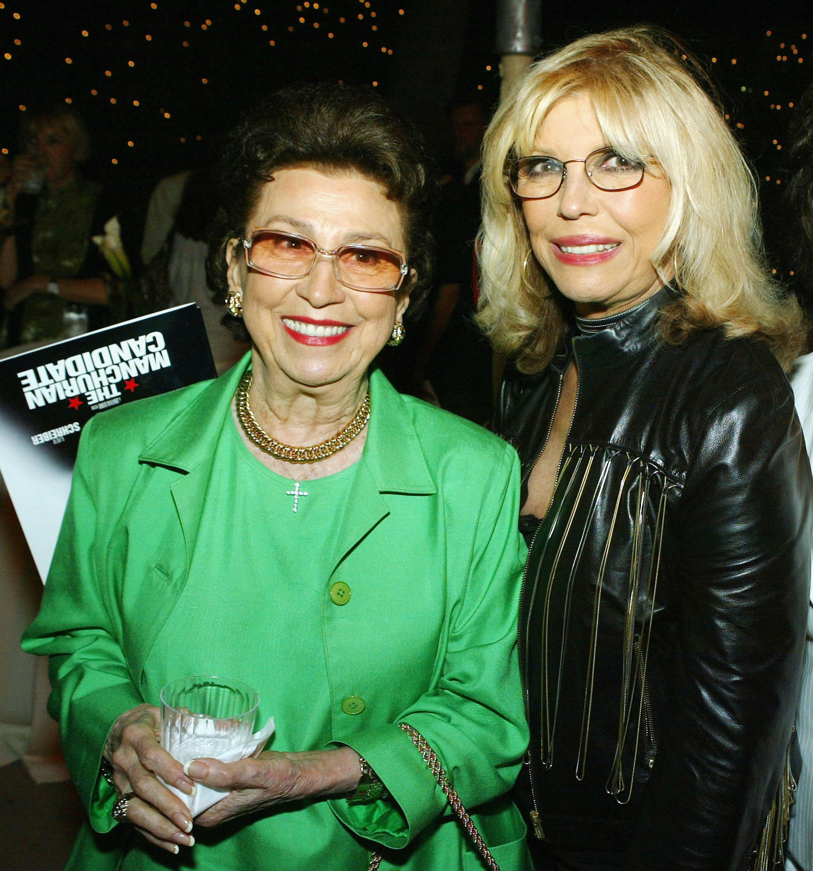 Nancy Sinatra Jr and Nancy Sinatra Sr