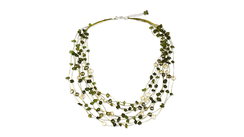 NOVICA dyed freshwater pearl and peridot strand necklace