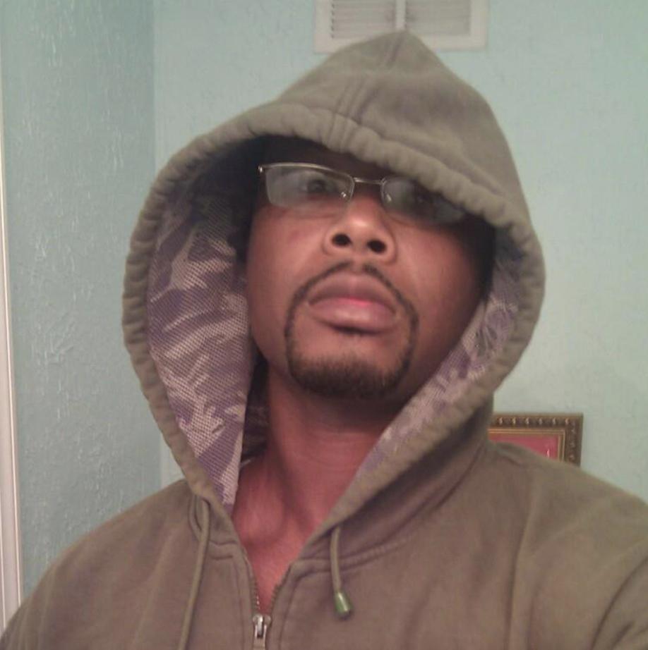 Lamont Johnson, Ex boyfriend bellamy malaki gamboa