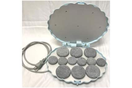 Clamshell hot stone heater