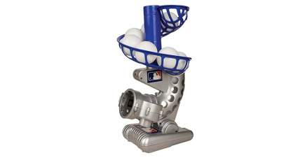 kids baseball pitching machine