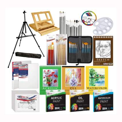 133 piece art set with easels