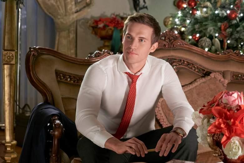 Hallmark's Christmas at the Palace: Cast & Photos | Heavy.com