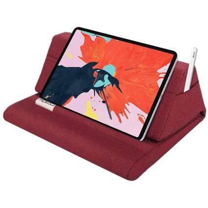 Red tablet pillow stand