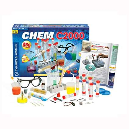kit for 250 science experiements