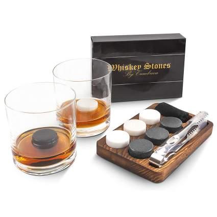 black and white round whiskey stone set