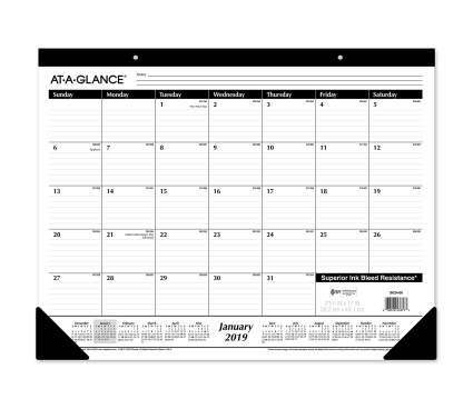 at-a-glance desk calendar